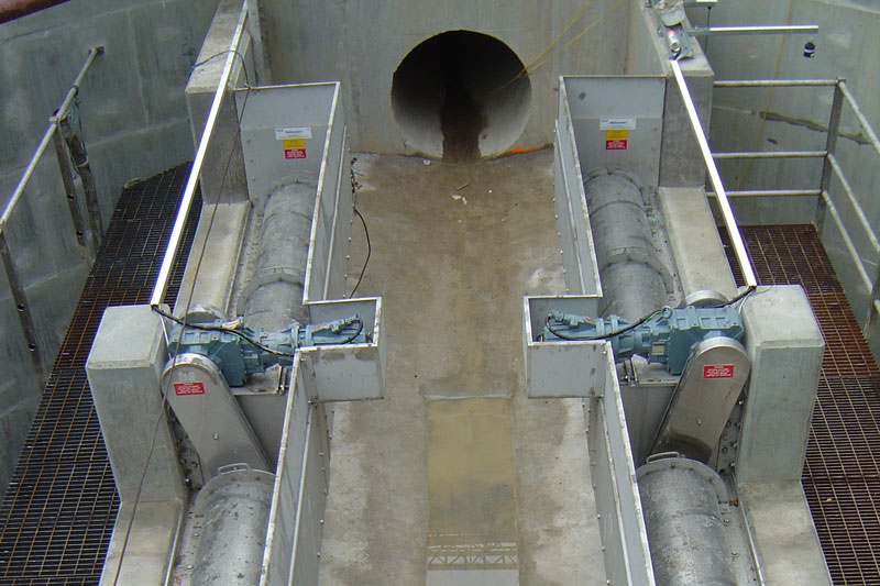 Reinforced concrete channel and roof slab